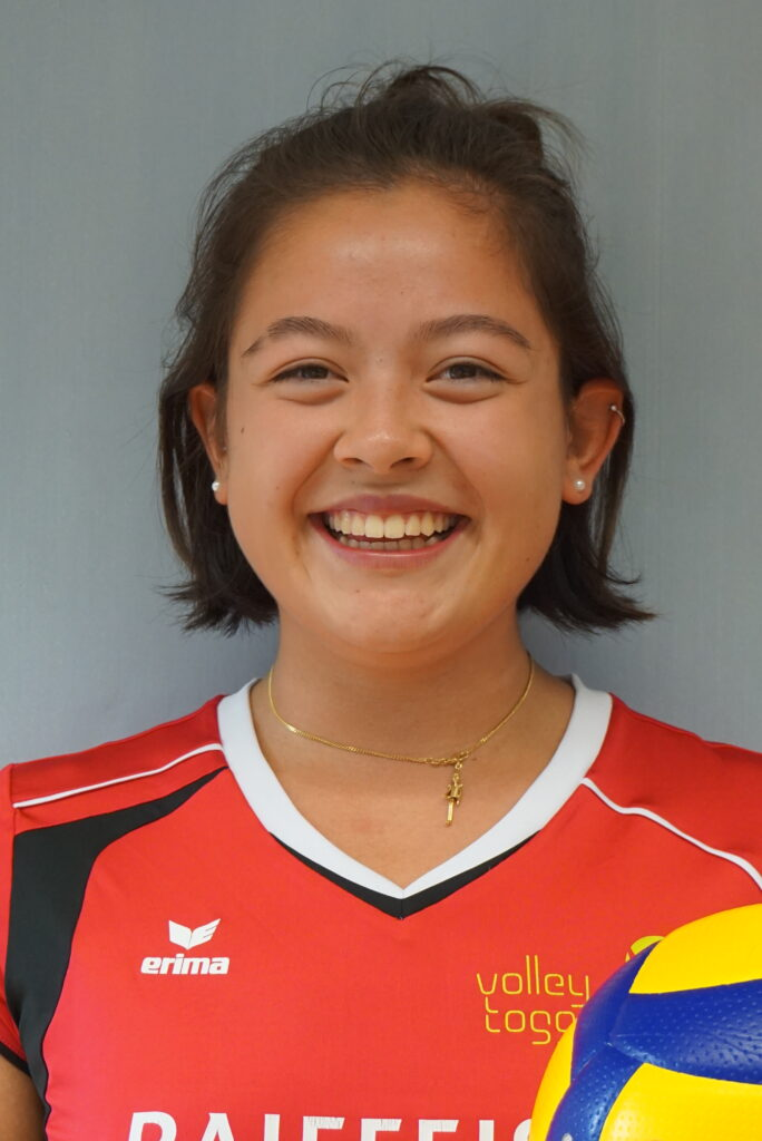 #11  Jasmin Kuch
